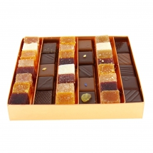 Fruit paste and chocolate (box)